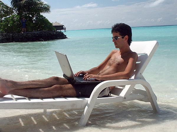 Nuestros gadgets se van (o no) de vacaciones