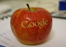 Google contrata a un directivo de Apple. Se disparan los rumores