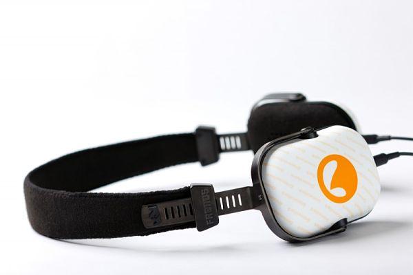 Grooveshark Headphones