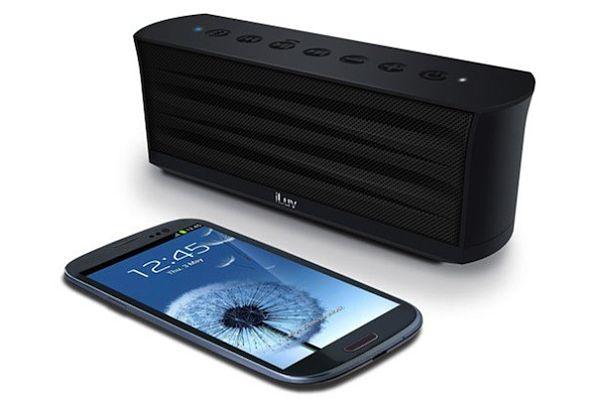 iLuv Mo'Beats HD MobiCup MobiOut altavoces